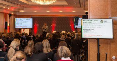 Schulz-Strelow stellt den Women-on-Board Index vor